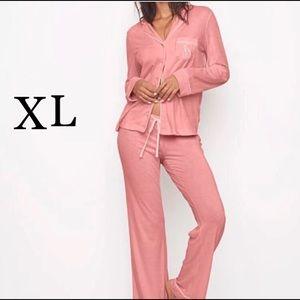 NWT VS The sleepover knit pajama set